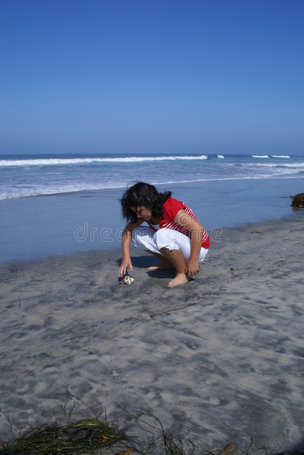 dziewczyn plażowi potomstwa zdjęcia stock