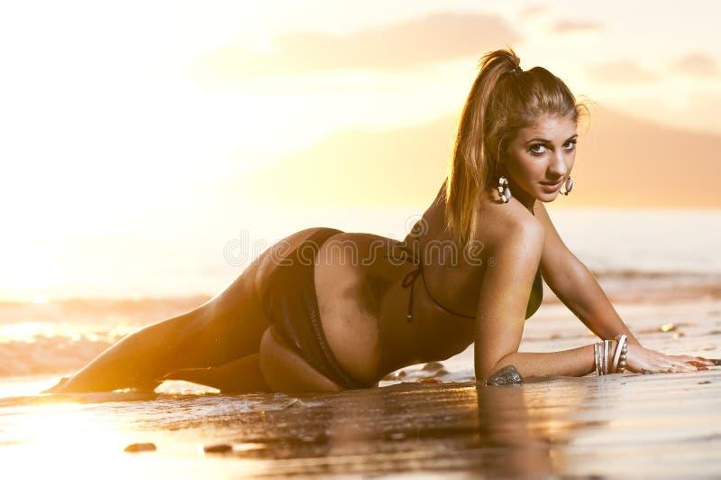 dziewczyn plażowi potomstwa zdjęcie royalty free