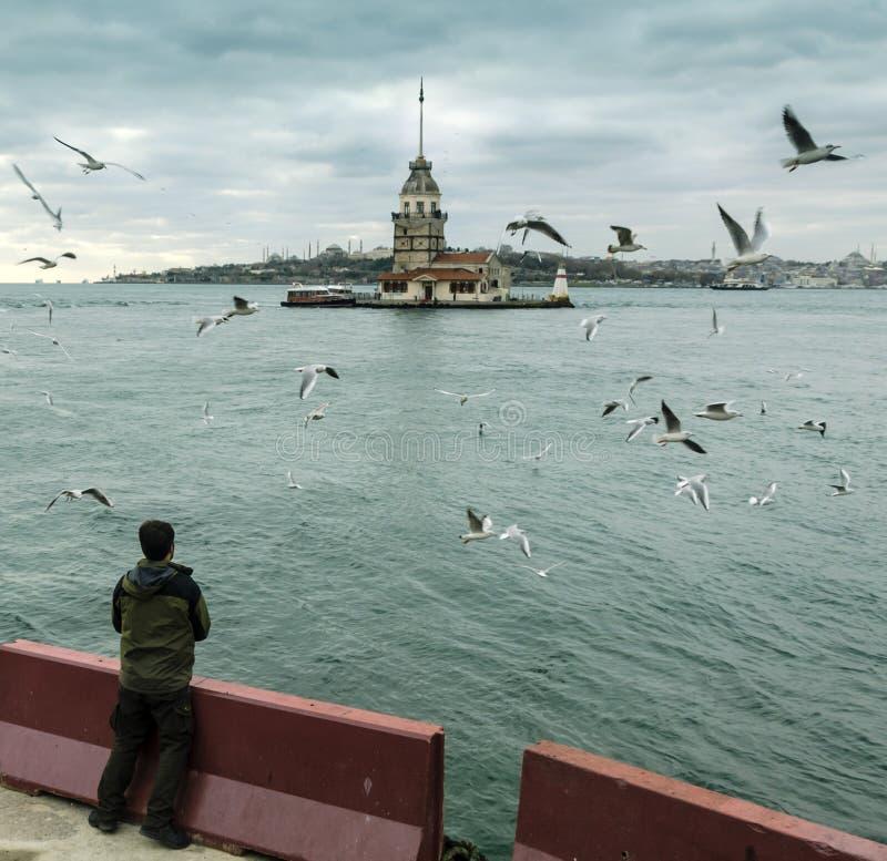 Dziewczyn wierza w Istanbuł obrazy stock