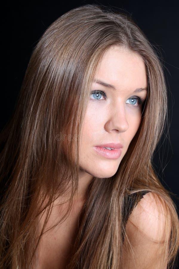 Download Dziewczyna śliczny Włosy Tęsk Zdjęcie Stock - Obraz złożonej z uroczy, piękno: 13325668