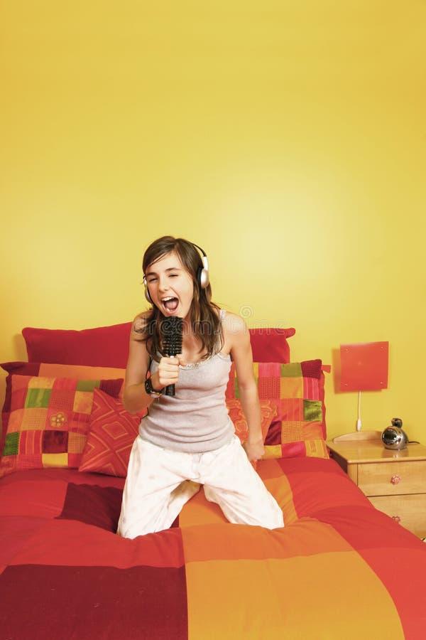 dziewczyna śpiew obraz stock