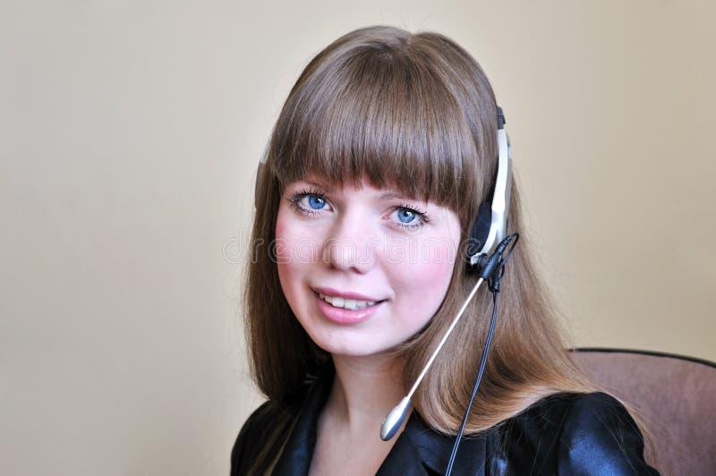dziewczyna błękitny przyglądający się operator zdjęcie stock