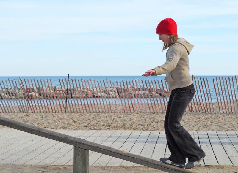 dziewczyna balansowa zdjęcia stock