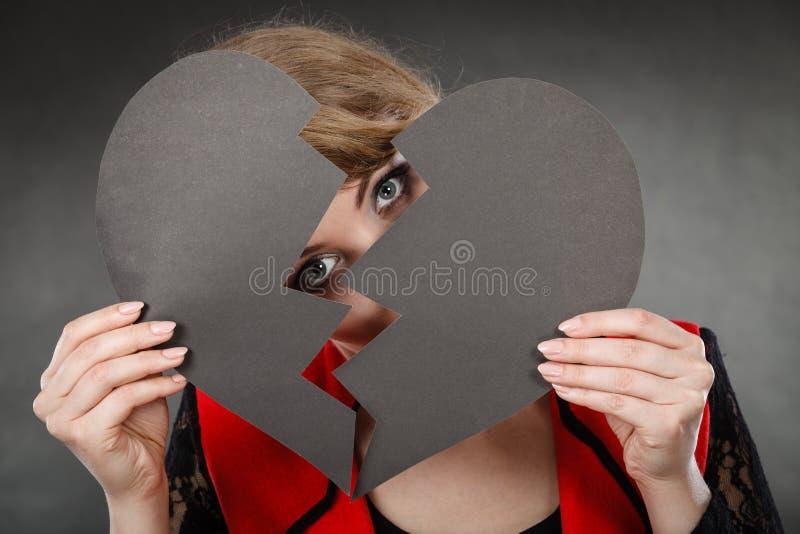 Dziewczyna chuje jej twarz zdjęcia stock