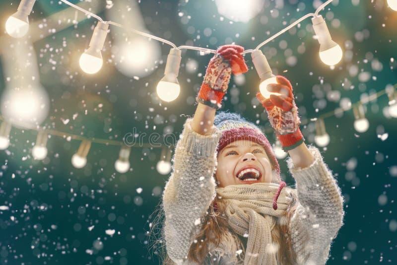 Dziewczyna cieszy się wakacje zdjęcie royalty free