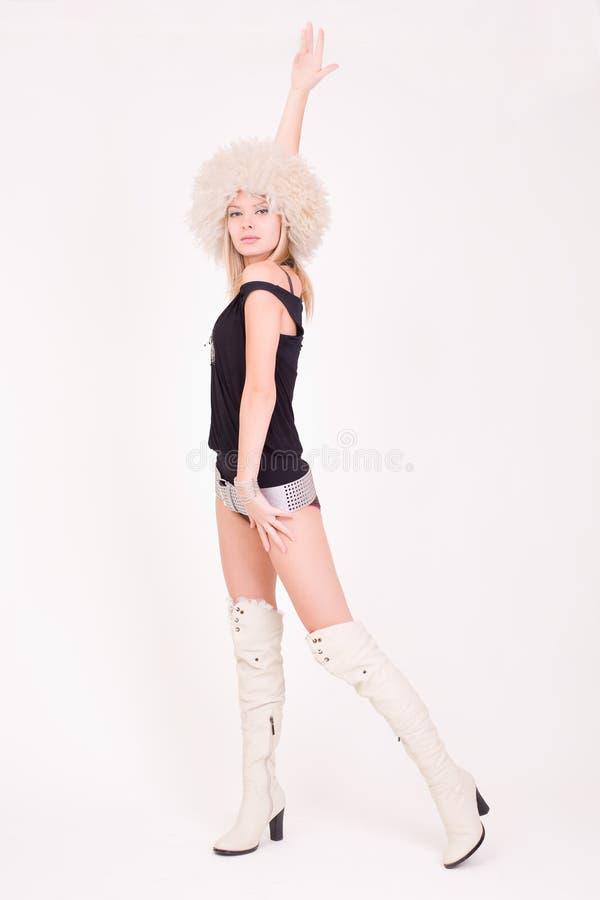 dziewczyna dancingowy owłosiony kapelusz zdjęcie royalty free