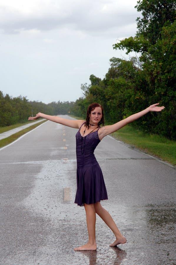 dziewczyna deszcz zdjęcia stock