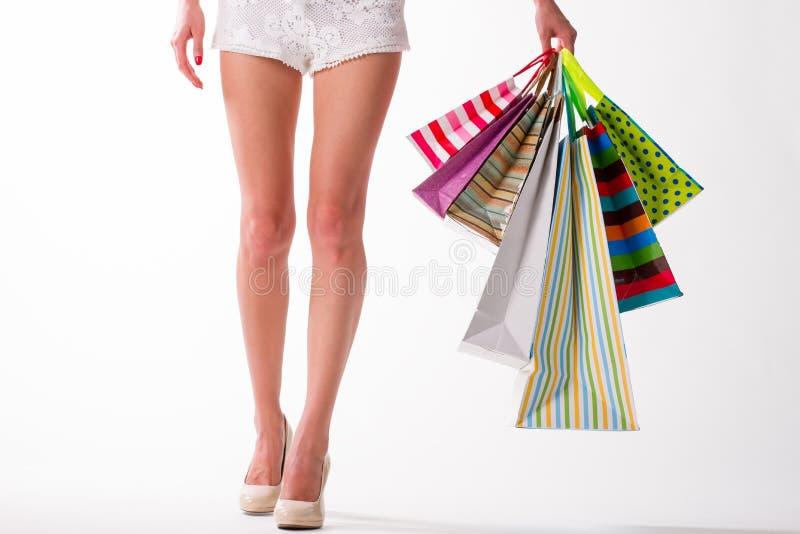 Download Dziewczyna Idzie Target2185_1_ Obraz Stock - Obraz złożonej z dziewczyna, butik: 57665213