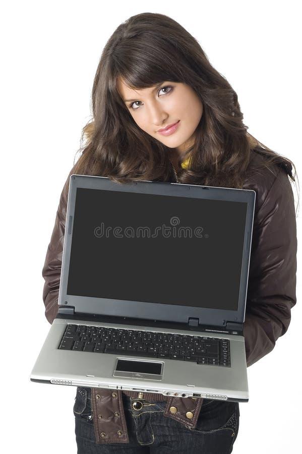 dziewczyna komputerowy okrążenia na szczyt obraz stock