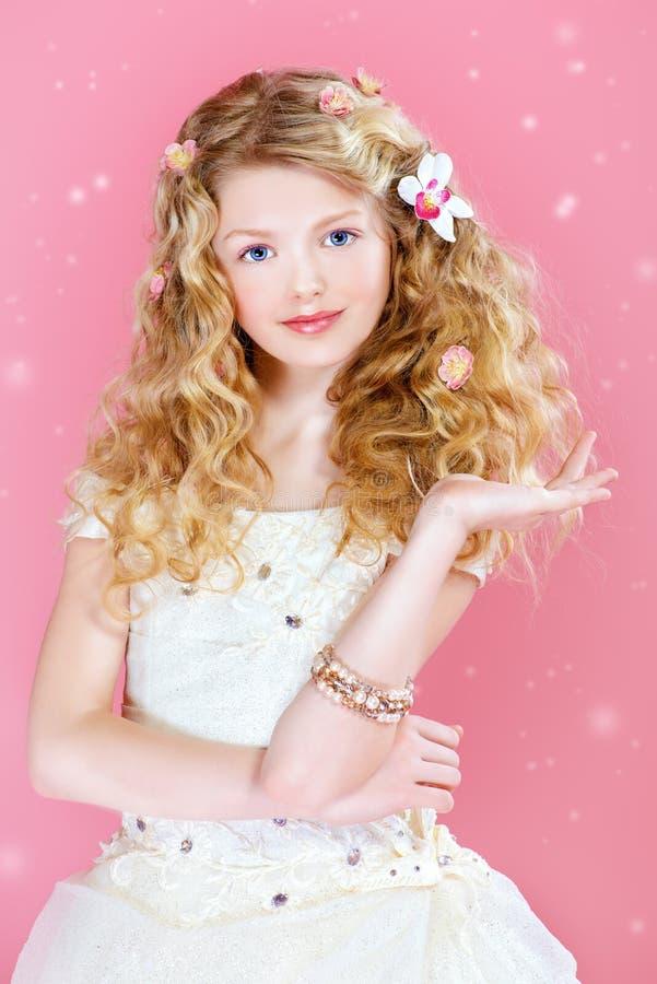 dziewczyna marzycielska obraz royalty free