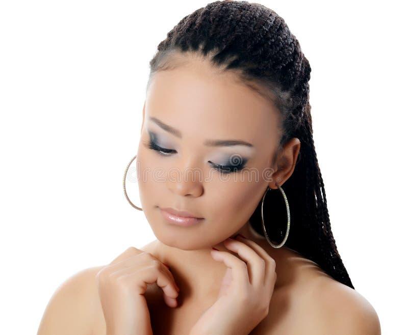 Dziewczyna mulat z pięknym makijażem zdjęcie stock