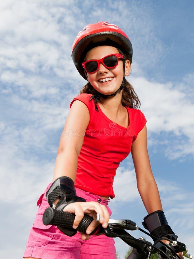 Dziewczyna na bicyklu obrazy stock