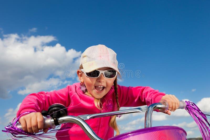 Dziewczyna na bicyklu obraz stock