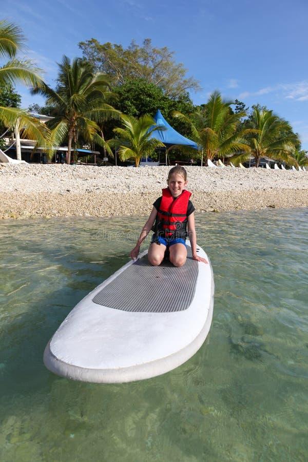 Dziewczyna na paddle desce Vanutu zdjęcie royalty free