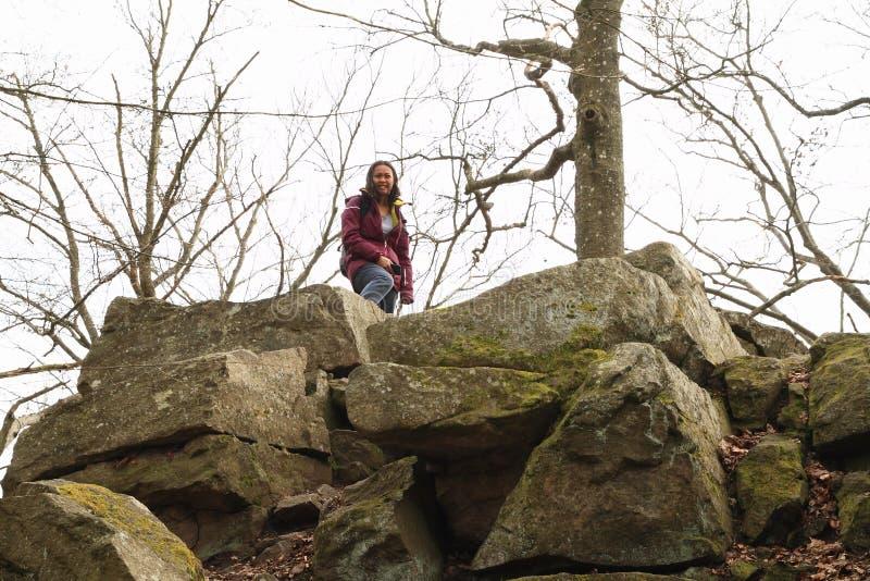 Dziewczyna na wzgórzu Wielki Blanik zdjęcie stock