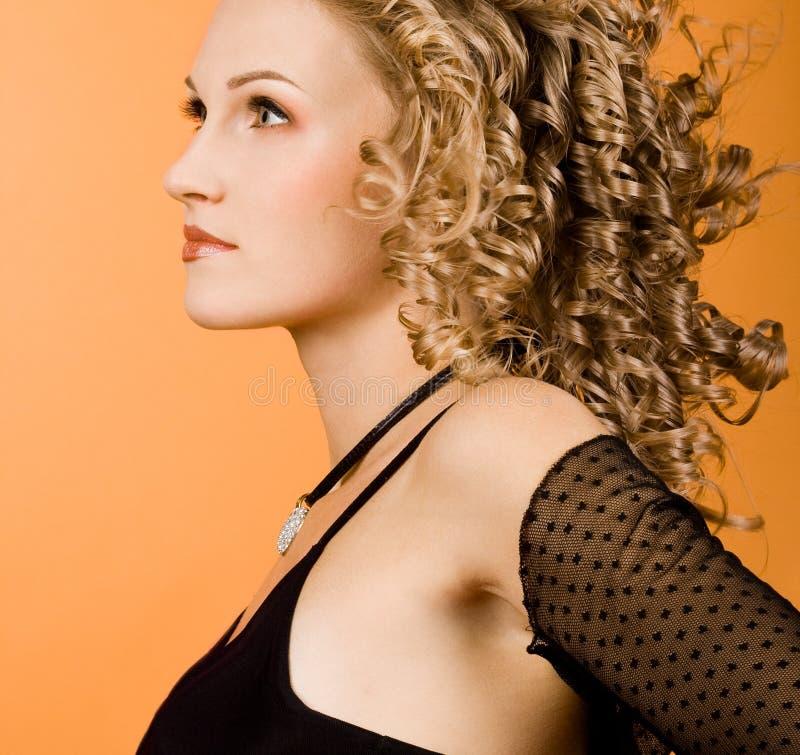 dziewczyna piękni latający włosy obrazy stock