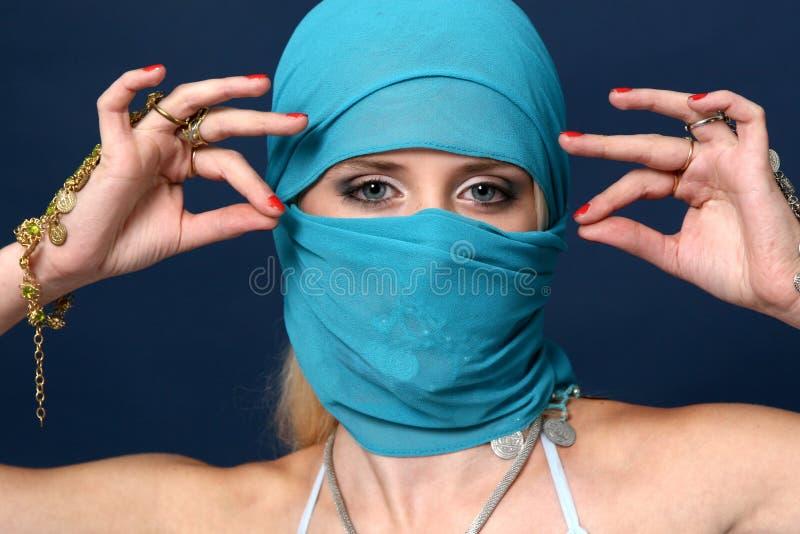 dziewczyna piękny błękitny szalik obrazy royalty free