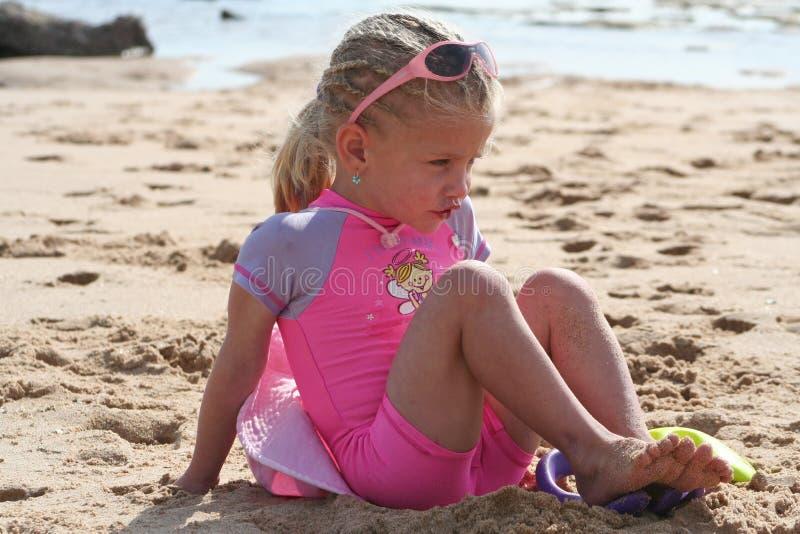 dziewczyna plażowa trochę obraz stock