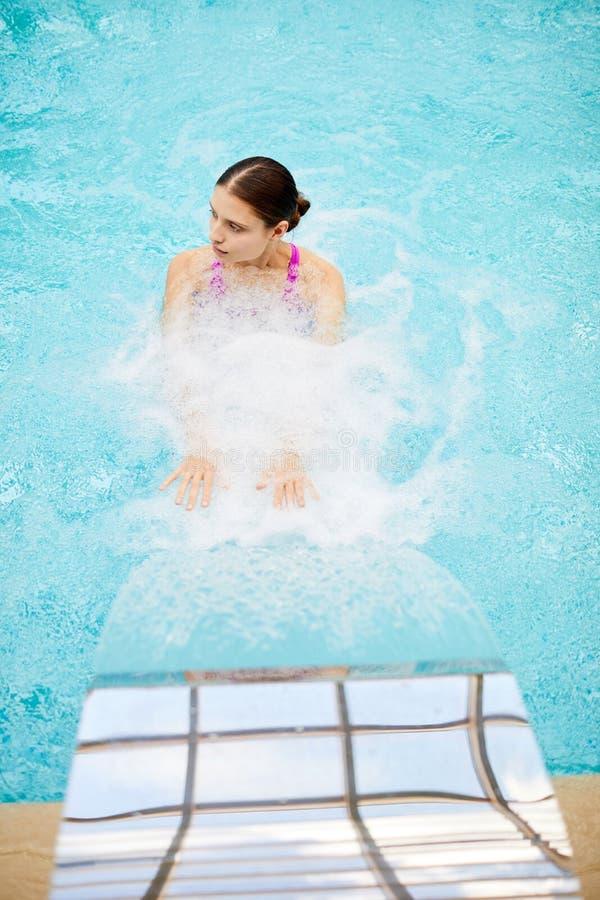 dziewczyna pod wodą fotografia stock