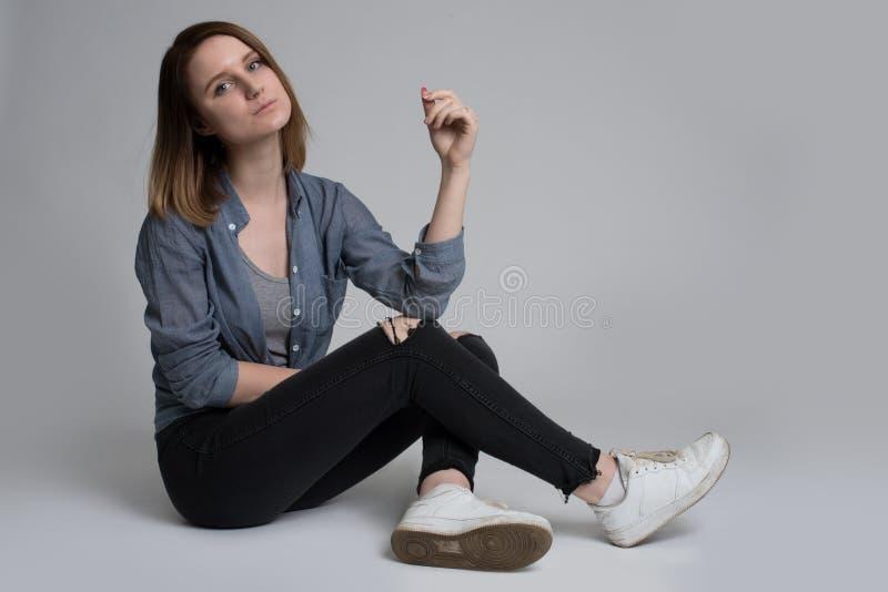 dziewczyna portret uśmiechnięci young obrazy stock