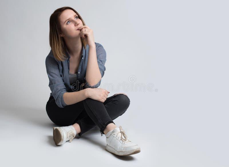 dziewczyna portret uśmiechnięci young fotografia stock