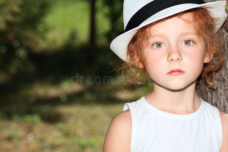 dziewczyna poważna fotografia royalty free