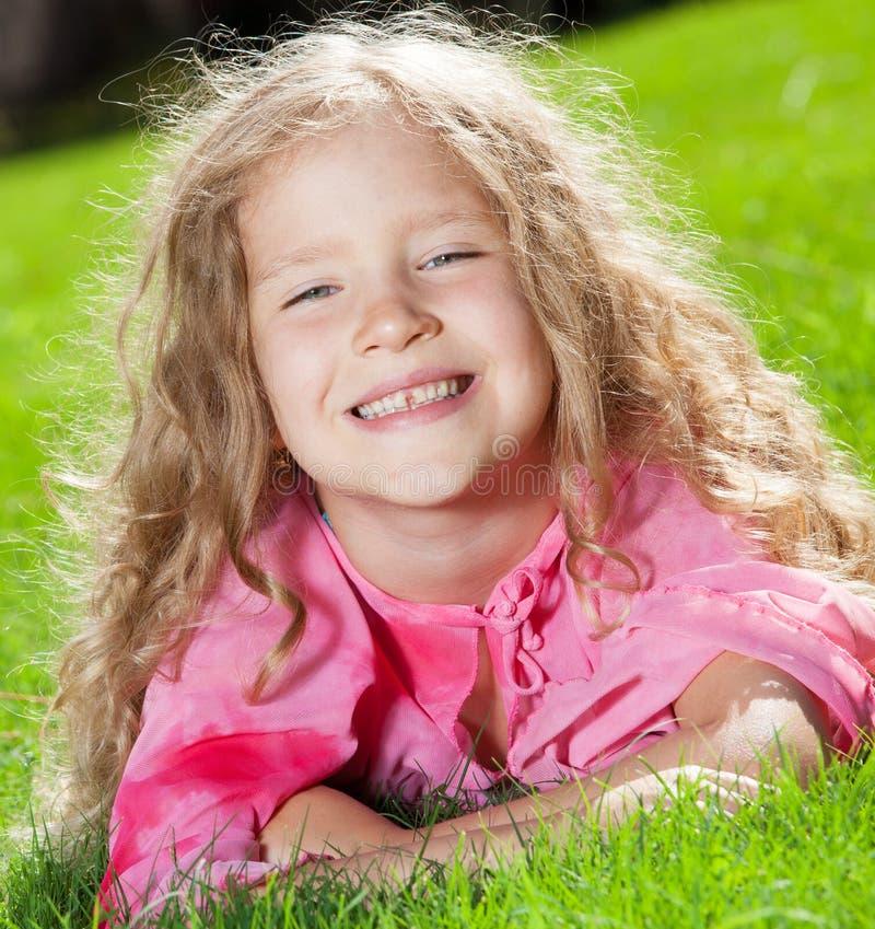 Dziewczyna przy latem obrazy royalty free