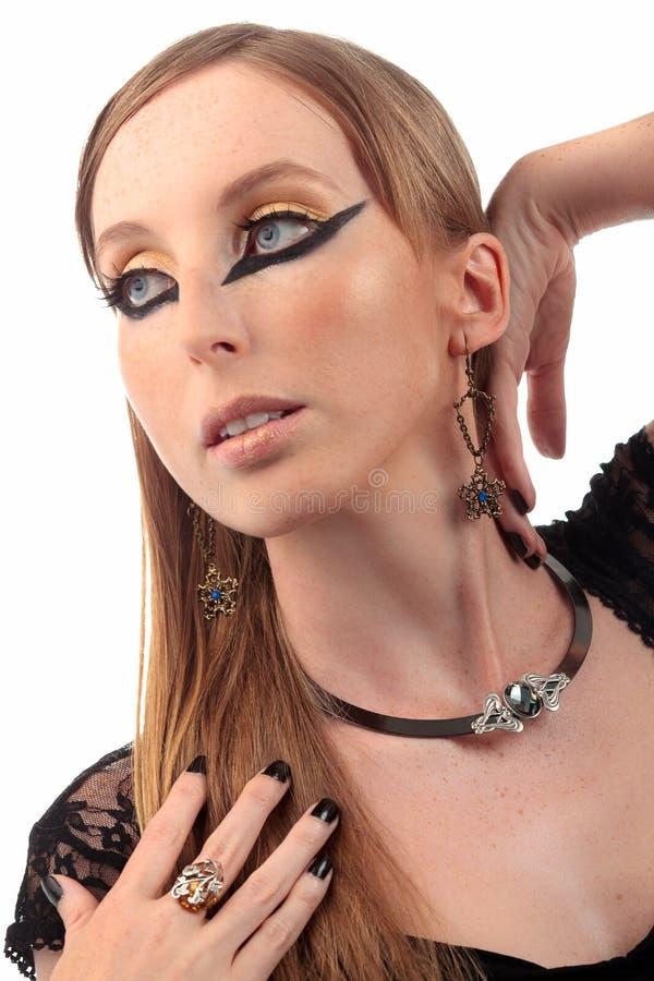 Dziewczyna rocznika kolii kolczyka pierścionek zdjęcie royalty free