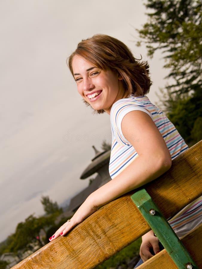 dziewczyna szczęśliwy portret nastolatków. fotografia royalty free