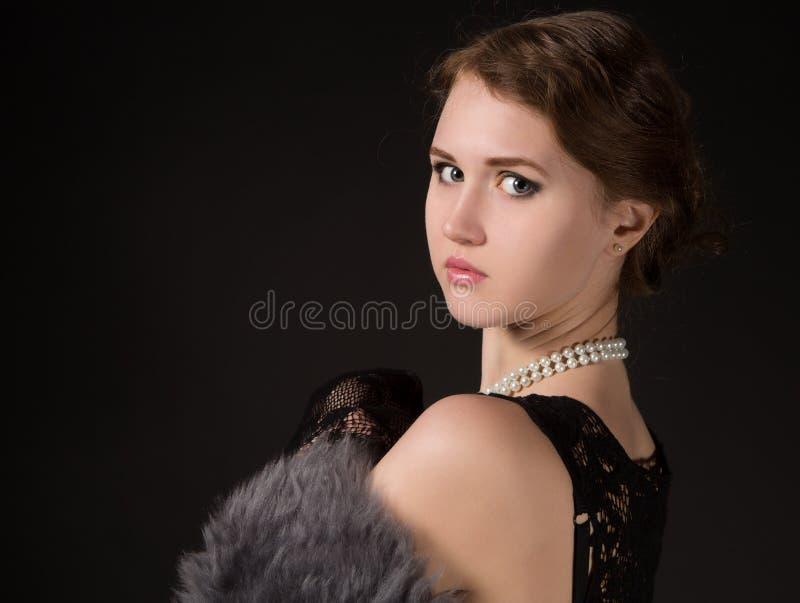 Dziewczyna w retro wizerunku zdjęcie stock