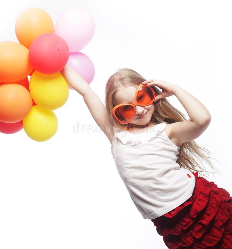 Dziewczyna z balonami i pomarańczowymi okularami przeciwsłonecznymi fotografia stock