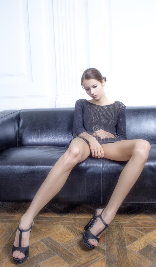 Dziewczyna z długimi noga skutka filmami zdjęcia royalty free