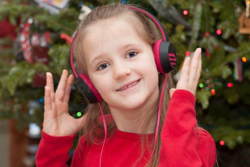 Dziewczyna z hełmofonami obrazy royalty free