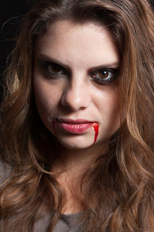 Dziewczyna z znakami przemoc fotografia stock