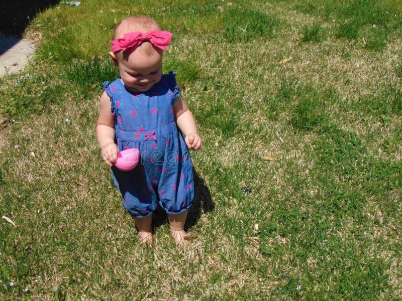 Dziewczynka z Różową kapitałką zdjęcie stock