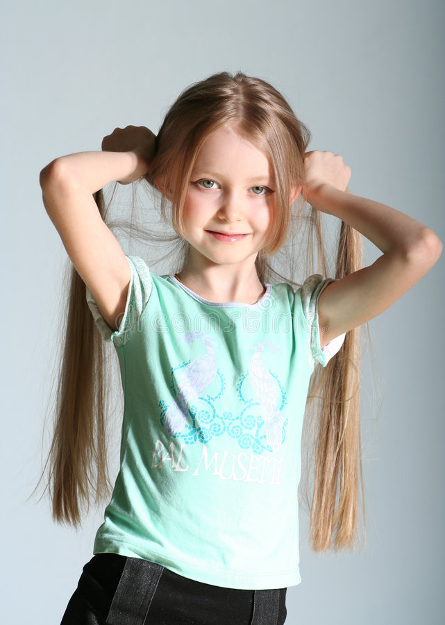 dziewczyno modela pozy zdjęcia stock
