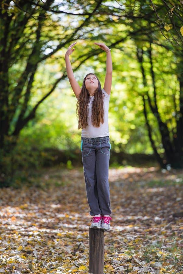 Dziewczyny ćwiczenie zdjęcie stock