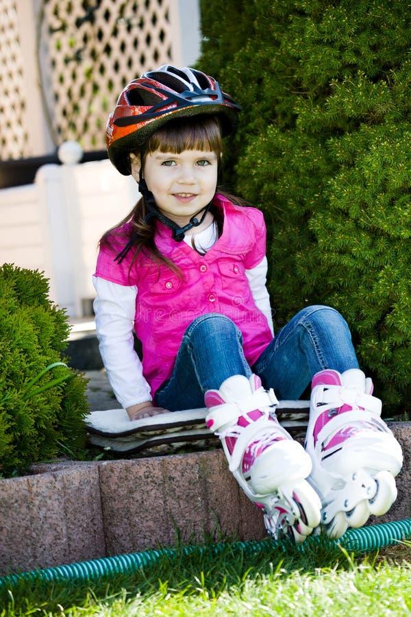 dziewczyny łyżwiarstwo zdjęcie stock