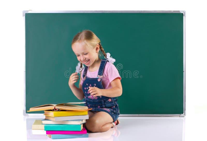 Dziewczyny czytelnicza książka zdjęcia royalty free