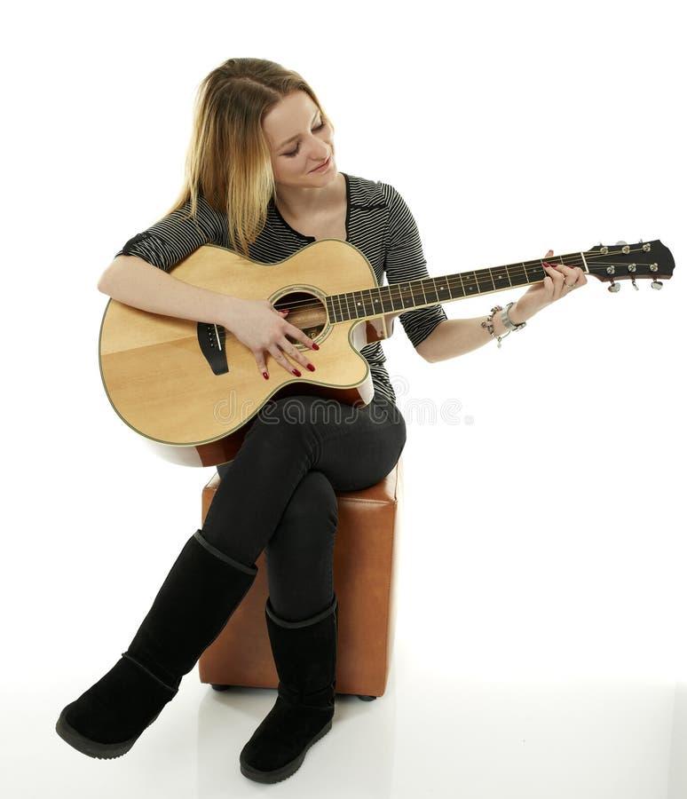 dziewczyny gitary grać zdjęcie royalty free
