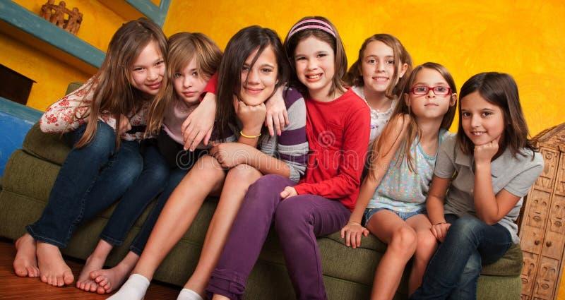 dziewczyny grupują potomstwa obraz royalty free