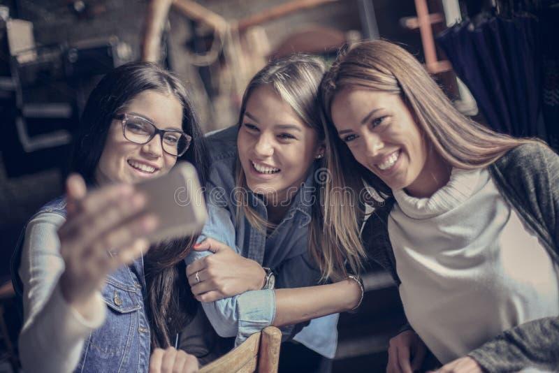 Dziewczyny jaźni portret z bliska fotografia royalty free