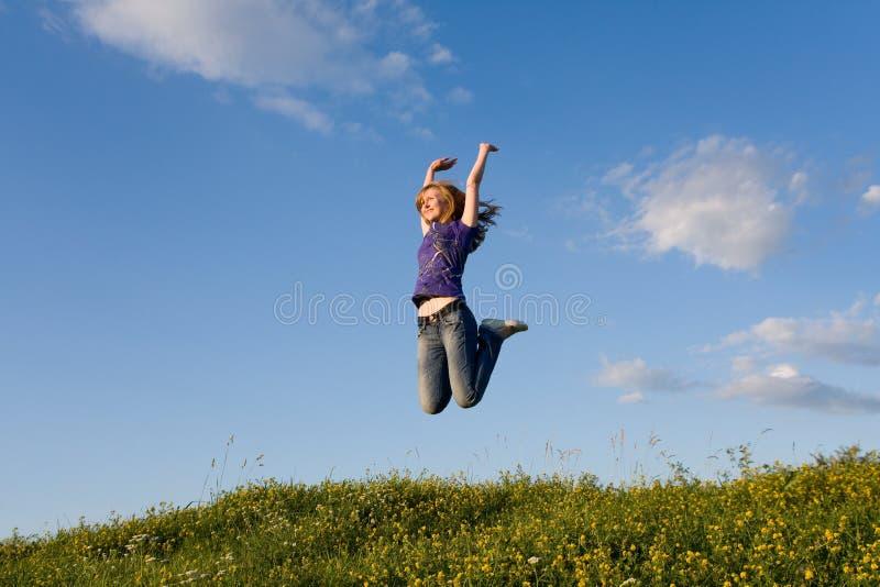 dziewczyny jumping obraz stock
