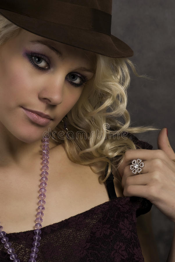 dziewczyny kapeluszu portret fotografia stock