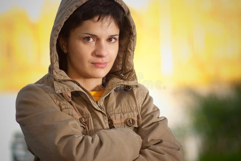 Download Dziewczyny Kapiszonu Kurtka Zdjęcie Stock - Obraz złożonej z świeżość, jesienny: 13338848