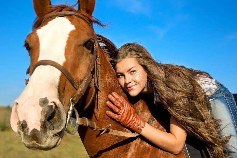 dziewczyny konia jazda zdjęcie royalty free