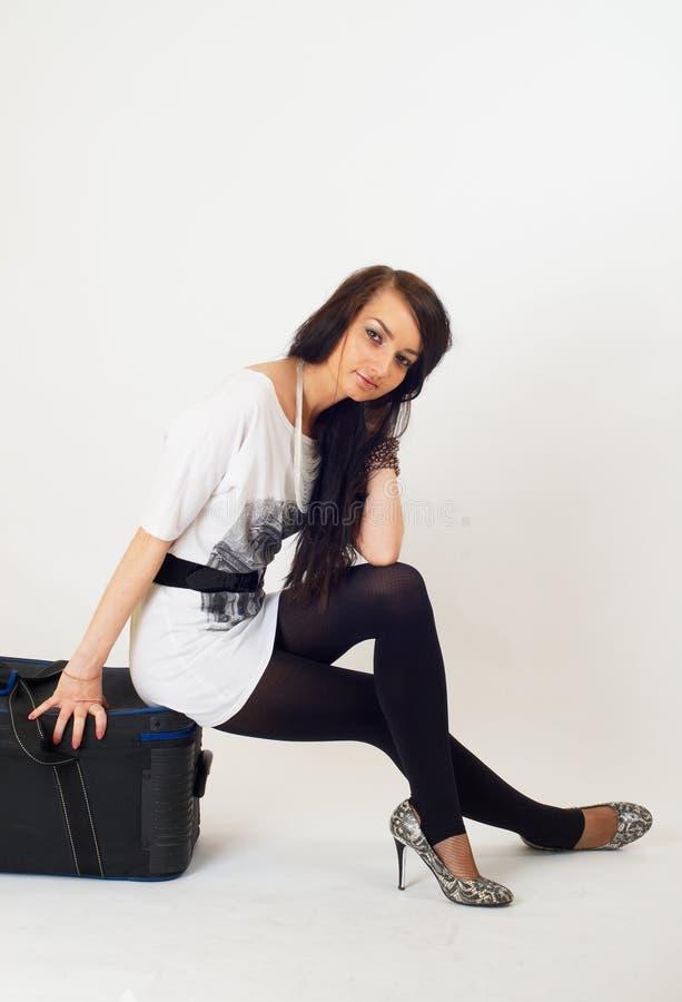 dziewczyny piękna walizka zdjęcia stock