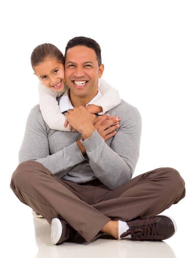 Dziewczyny przytulenia ojciec zdjęcia stock