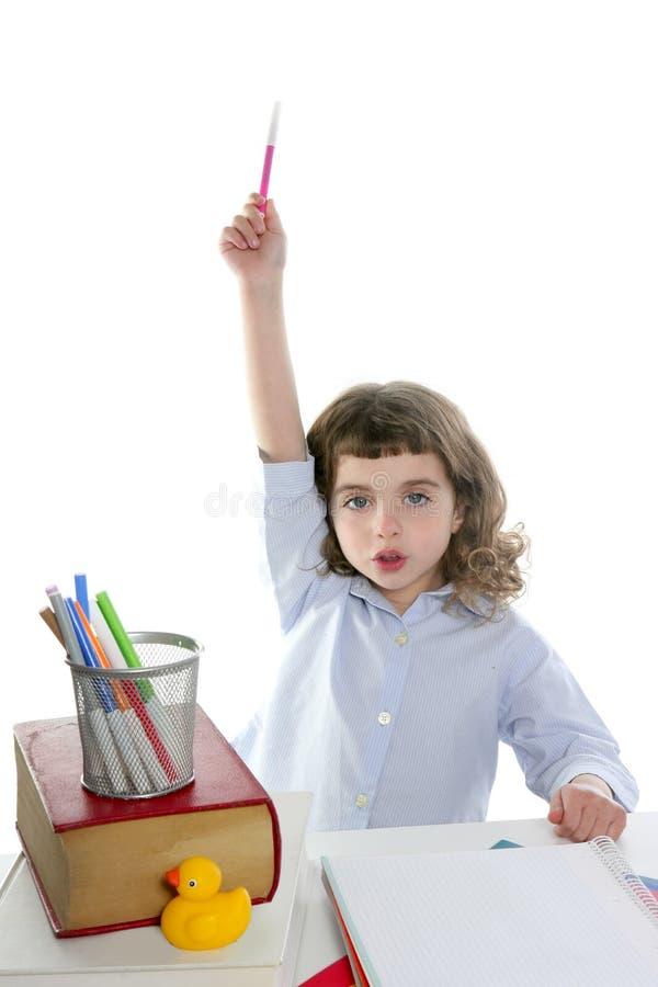dziewczyny ręki małego markiera powstający uczeń powstający obrazy stock