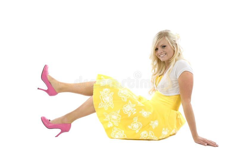 dziewczyny smokingowa menchia kuje kolor żółty obrazy royalty free